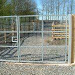 Mesh deer gate