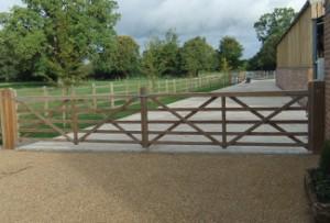 access-control-fencing
