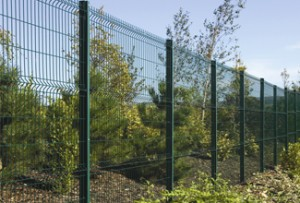 open-mesh-panel-fencing