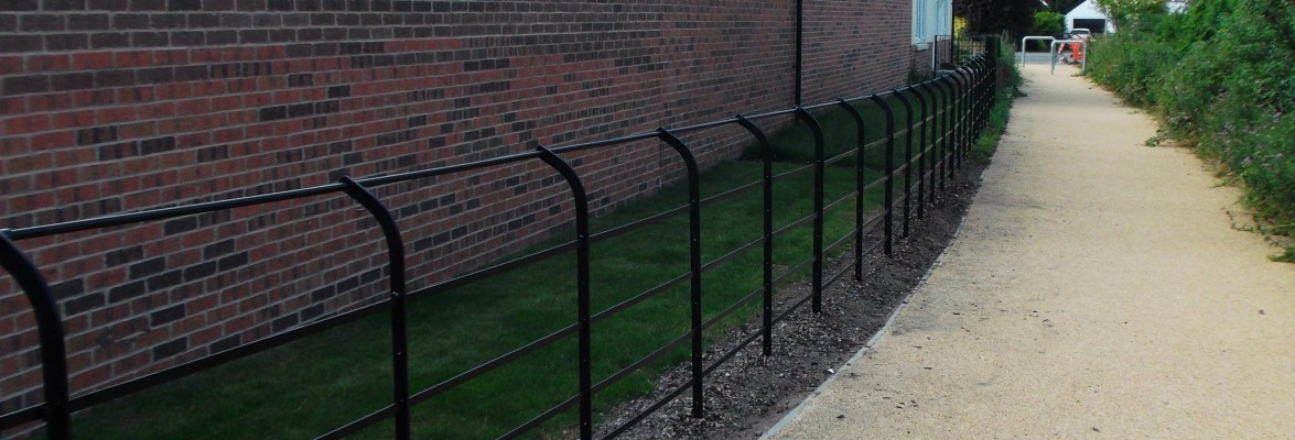Suddenstrike fencing metal estate fencing