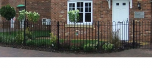 new-build-housing-fencing